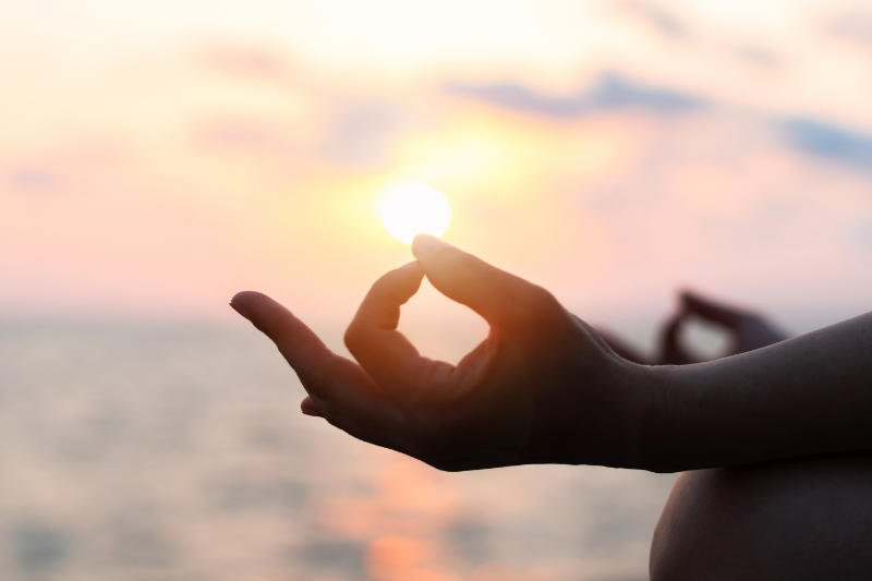 Mediteren rust en emotioneel jezelf goed voelen