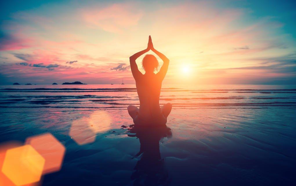 Wat is meditatie, wat zijn de voordelen van Mediteren en hoe doe je het
