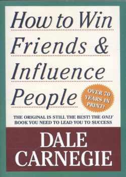 Boek How to Win Friends and Influence People van Dale Carnegie voor persoonlijke groei en ontwikkeling